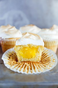Lemon_Meringue_Cupcakes-4-683x1024